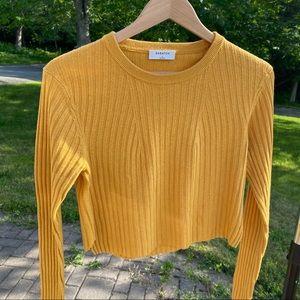 aritzia babaton cropped knit sweater
